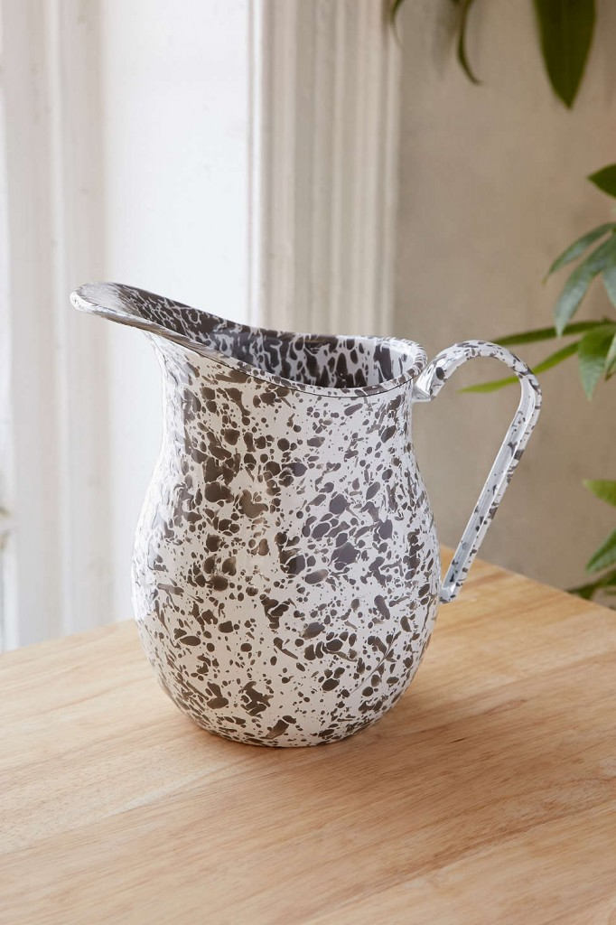 UO Kitchen Finds on TheDailyMonarch.com #monarch #kitchen